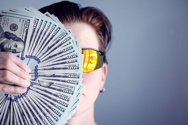 Make-create-attract-money-sucess-using-metaphysics-780